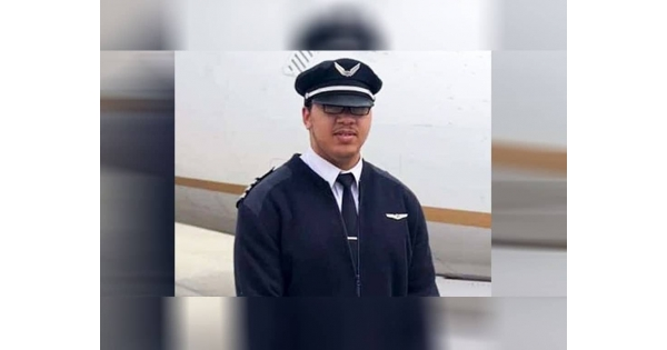 23-Year Old Becomes Youngest African American to Be Certified as a Boeing 777 Pilot | NationalBlackGuide.com